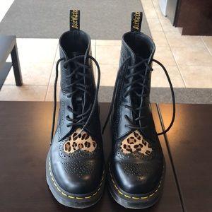 Dr Martens Bently Ii Leopard Heart Boot
